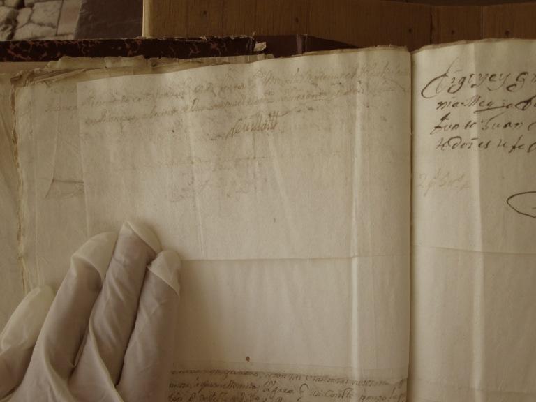 [Folio 21v] Presentado con petición de doña Antonia Mejía, ante mí el alcalde ordinario en Rionegro, a treinta de junio de mil setecientos cuarenta y seis años. / Rivillas