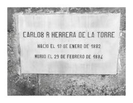 Tumba de Carlo Herrera De la Torre