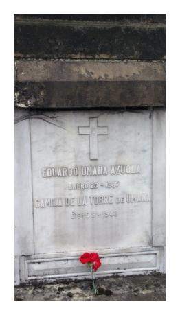 Tumba de Eduardo Umaña Azuola y Camila De La Torre De Umaña