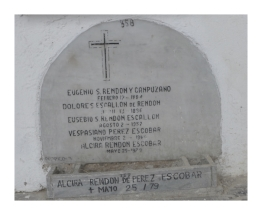 Tumba de Eugenio Rendon Y Canpuzano - Dolores Escallon